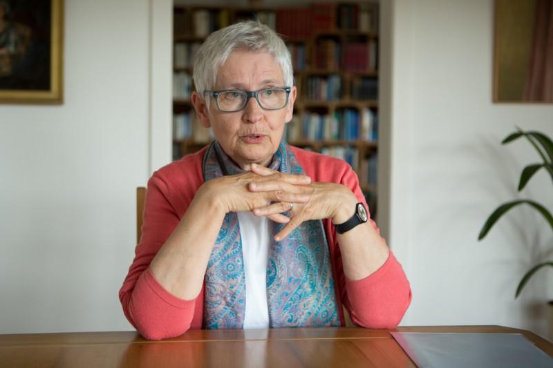 Verena Küttel: Vom Lärm in die Stille