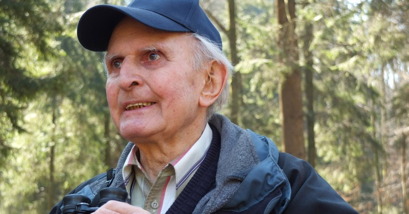 Heinrich Wicki: Mit 90 als Vogelbeobachter im Gütschwald unterwegs